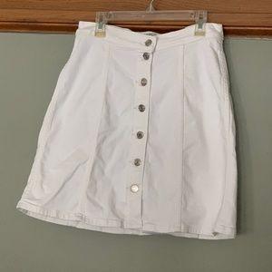 J.Crew Denim White Skirt sz. 27P